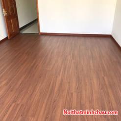 Sàn gỗ Smartwood RJ2947 12mm hoàn thiện