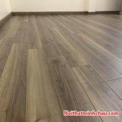 Sàn gỗ Smartwood RJ2924 12mm hoàn thiện