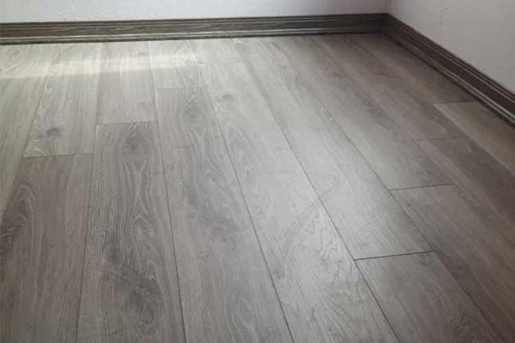 Hoàn thiện sàn gỗ ziccos z2 cho phòng ngủ tại phương trung thanh oai