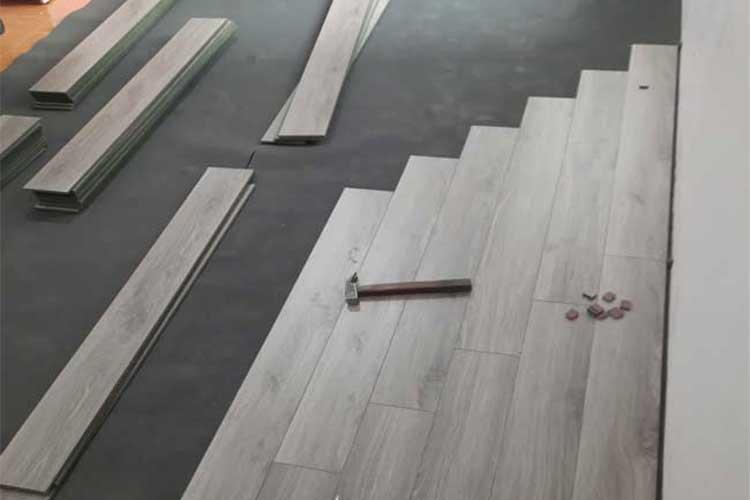 lắp đặt sàn gỗ cốt xanh 8mm ziccos z2 cho phòng ngủ tại phương trung