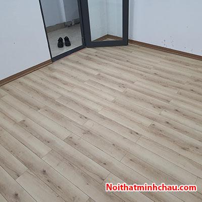 Sàn gỗ Thaipro TL202 12mm cốt xanh hoàn thiện