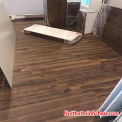Sàn gỗ Thaipro TL206 12mm cốt xanh hoàn thiện