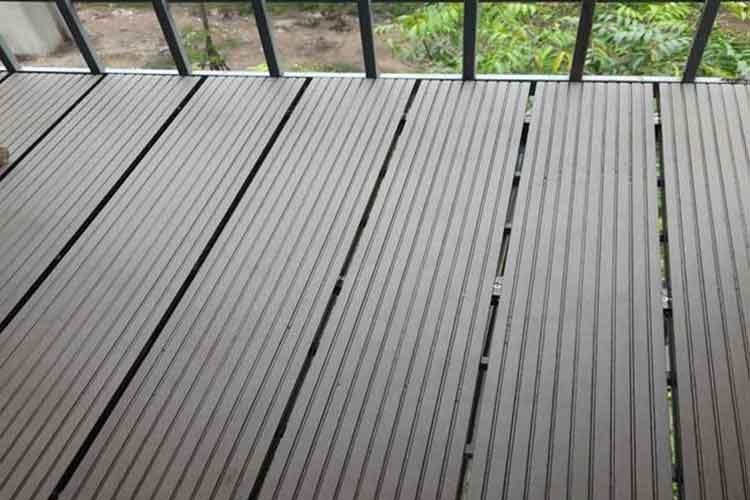 lắp đặt sàn gỗ nhựa composite ngoài trời ban công tại thái hà