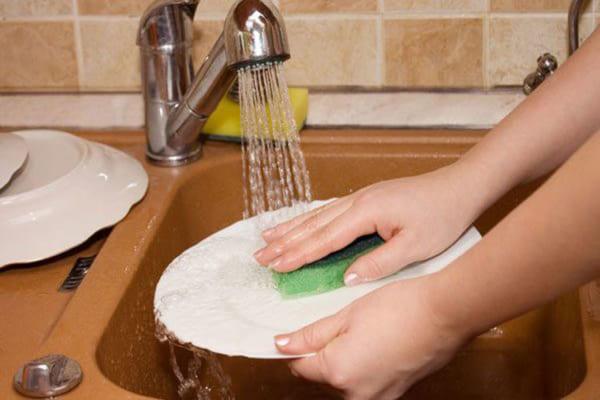 Mẹo rửa bát nhanh và sạch mà không tốn sức