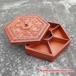 Hộp đựng bánh kẹo tết Phúc Lộc Thọ bằng gỗ hương