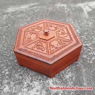 Hộp đựng bánh kẹo tết Phúc Lộc Thọ bằng gỗ hương đá