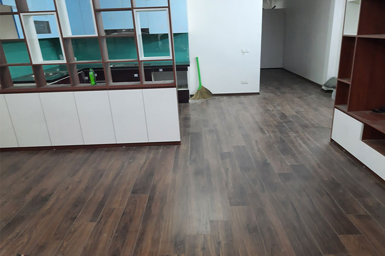 Hoàn thiện sàn gỗ Bandi D3488 cho tầng 1 tại Văn Võ, Chương Mỹ