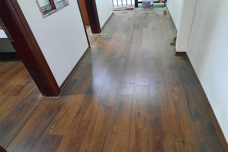 Thi công lắp đặt sàn gỗ cốt xanh Indonesia D3488 tại Văn Võ, Chương Mỹ