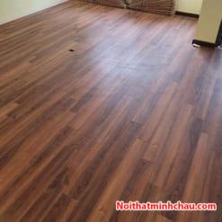 Sàn gỗ Rainforest IR-AS-510V 12mm hoàn thiện