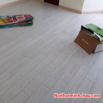 Sàn gỗ Rainforest IR-AS-511V 12mm hoàn thiện
