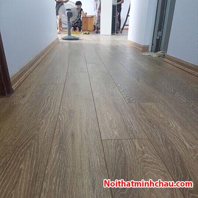 Sàn gỗ Rainforest IR-AS-515V 12mm hoàn thiện