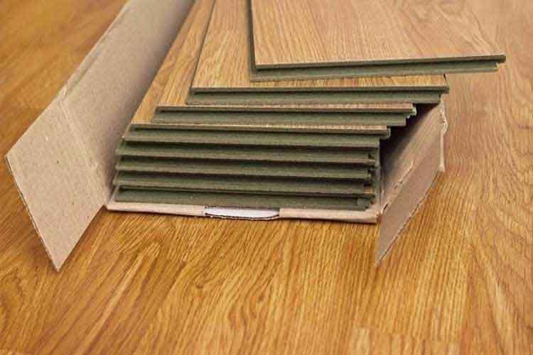 nên lát sàn gỗ 8mm hay 12mm