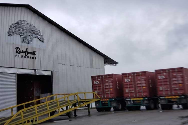 nhà máy sản xuất sàn gỗ rainforest