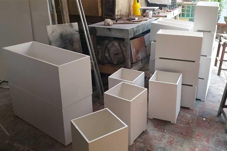 xưởng sản xuất chậu gỗ nhựa composite
