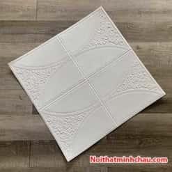 Xốp dán tường giả da hoa hồng MC36 màu trắng