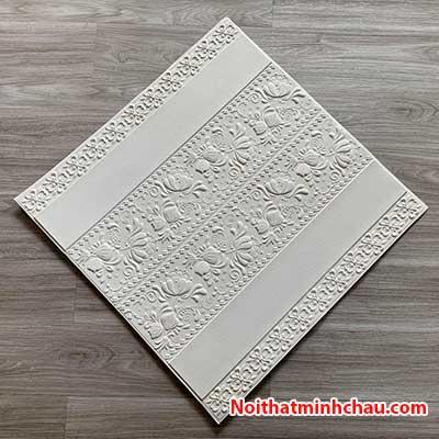Xốp dán tường hoa văn tân cổ điển MC45 màu trắng