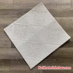 Xốp dán tường hoa văn tân cổ điển MC56 màu trắng