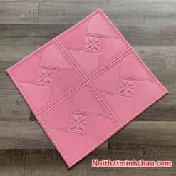 Xốp dán tường hoa văn tân cổ điển MC64 màu hồng phấn